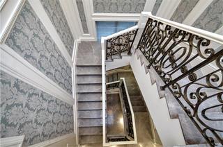 法式别墅装修楼梯设计