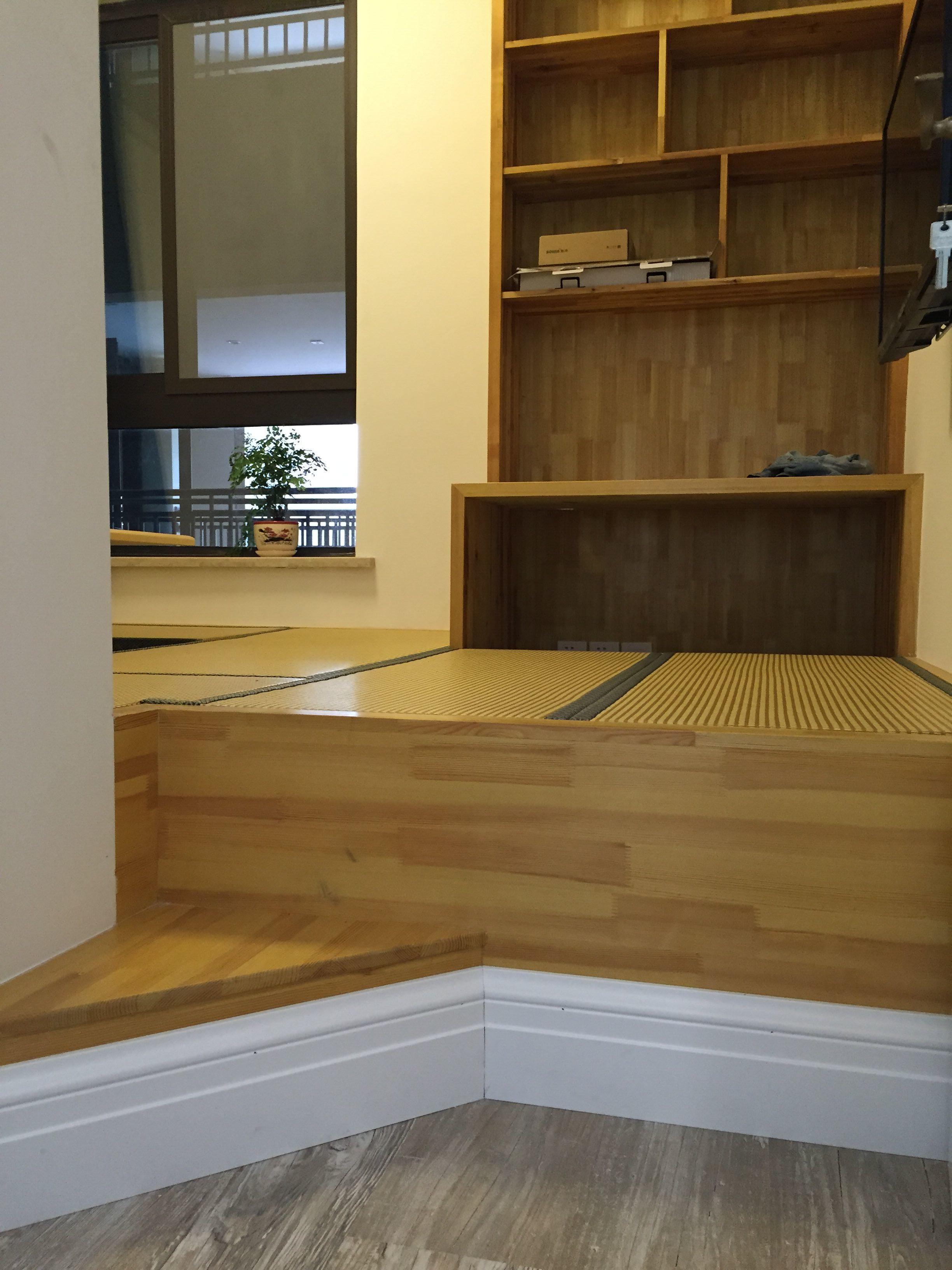 110平田园美式家装修地台设计
