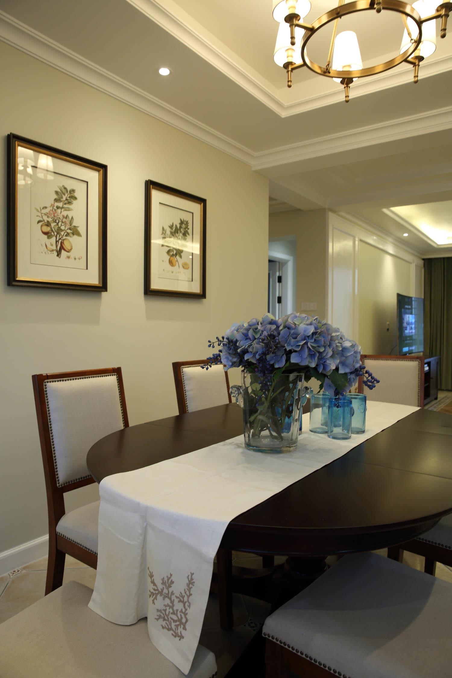 170平美式风格装修餐桌图片