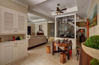 美式风格别墅门厅布置图