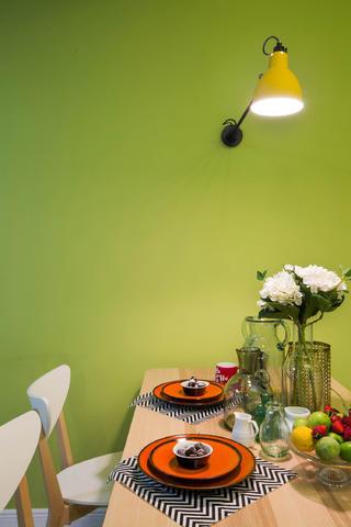 60平小户型设计壁灯图片