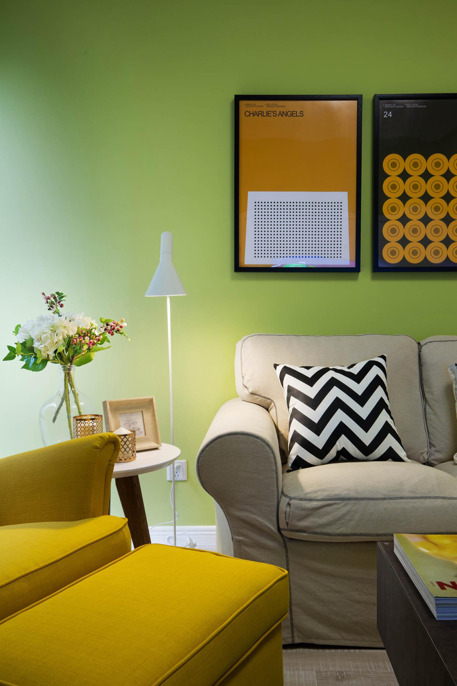 60平小户型设计沙发一角