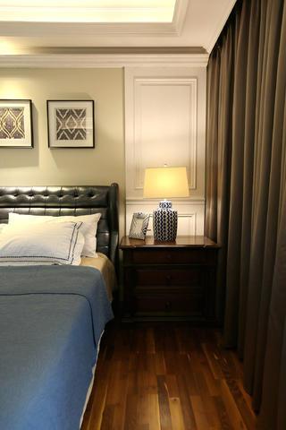 混搭别墅装修卧室设计图