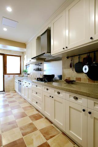 复式别墅装修厨房构造图