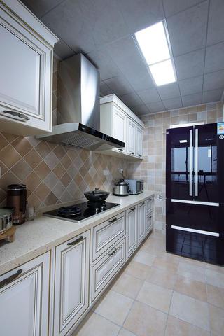 二居室混搭装修厨房构造图