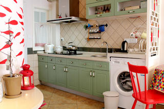 小户型混搭装修厨房布置图
