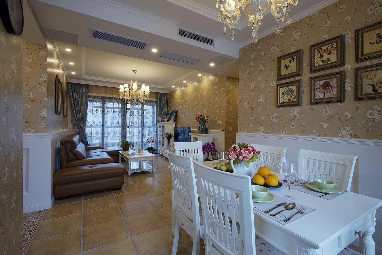 二居室混搭装修餐桌椅图片