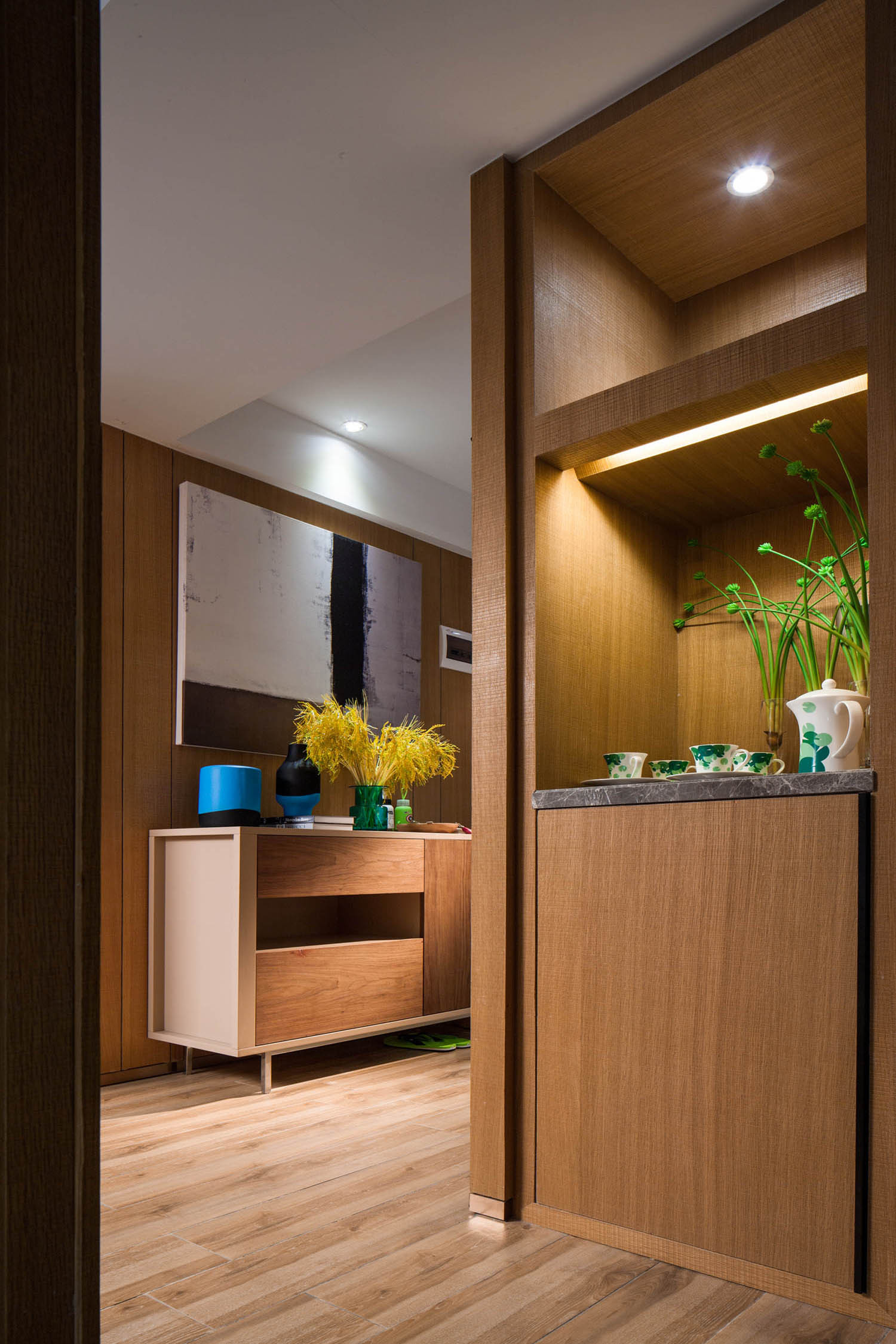 70平二居装修玄关设计