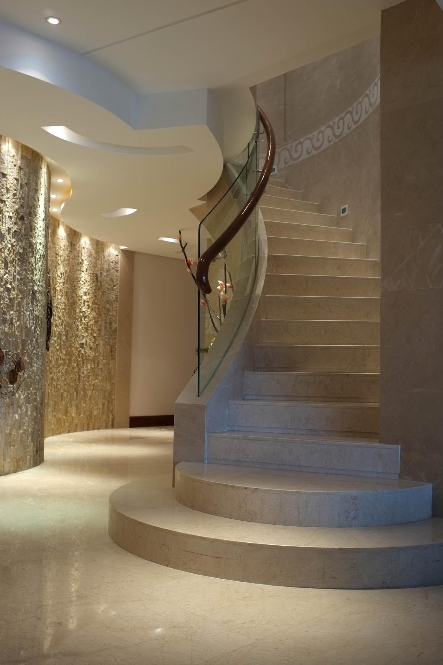 简欧风格别墅装修楼梯图片