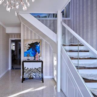 180平复式装修楼梯设计