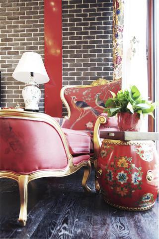 新中式四合院设计躺椅图片