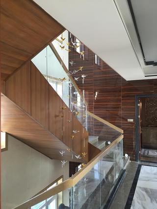 新中式别墅装修楼梯设计