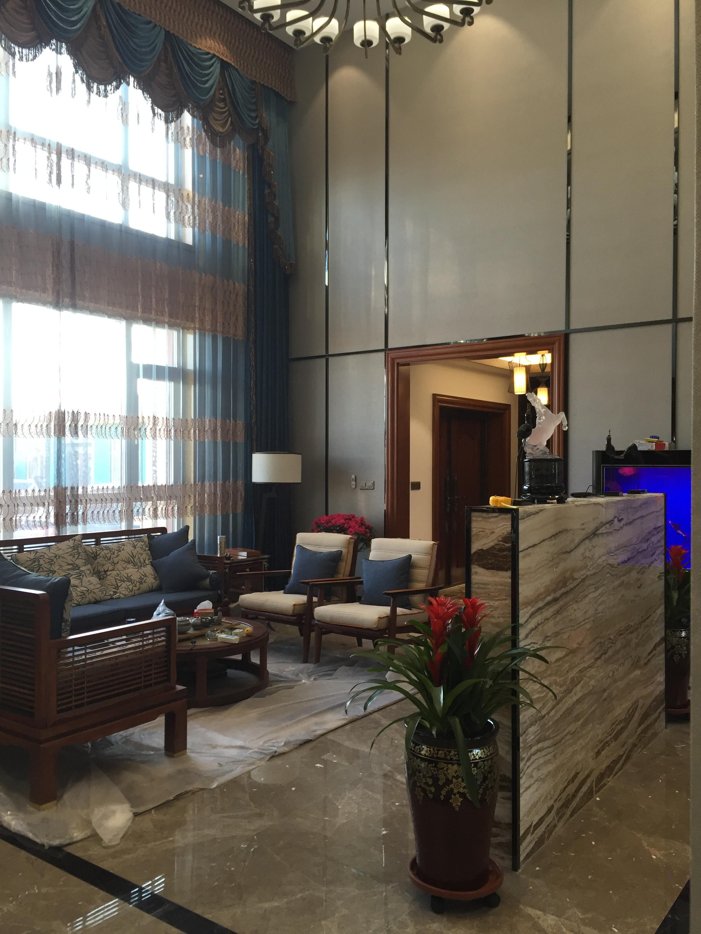 新中式别墅装修客厅实景图