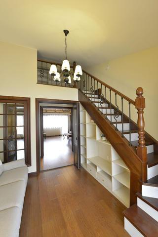 大户型美式风格家楼梯间设计