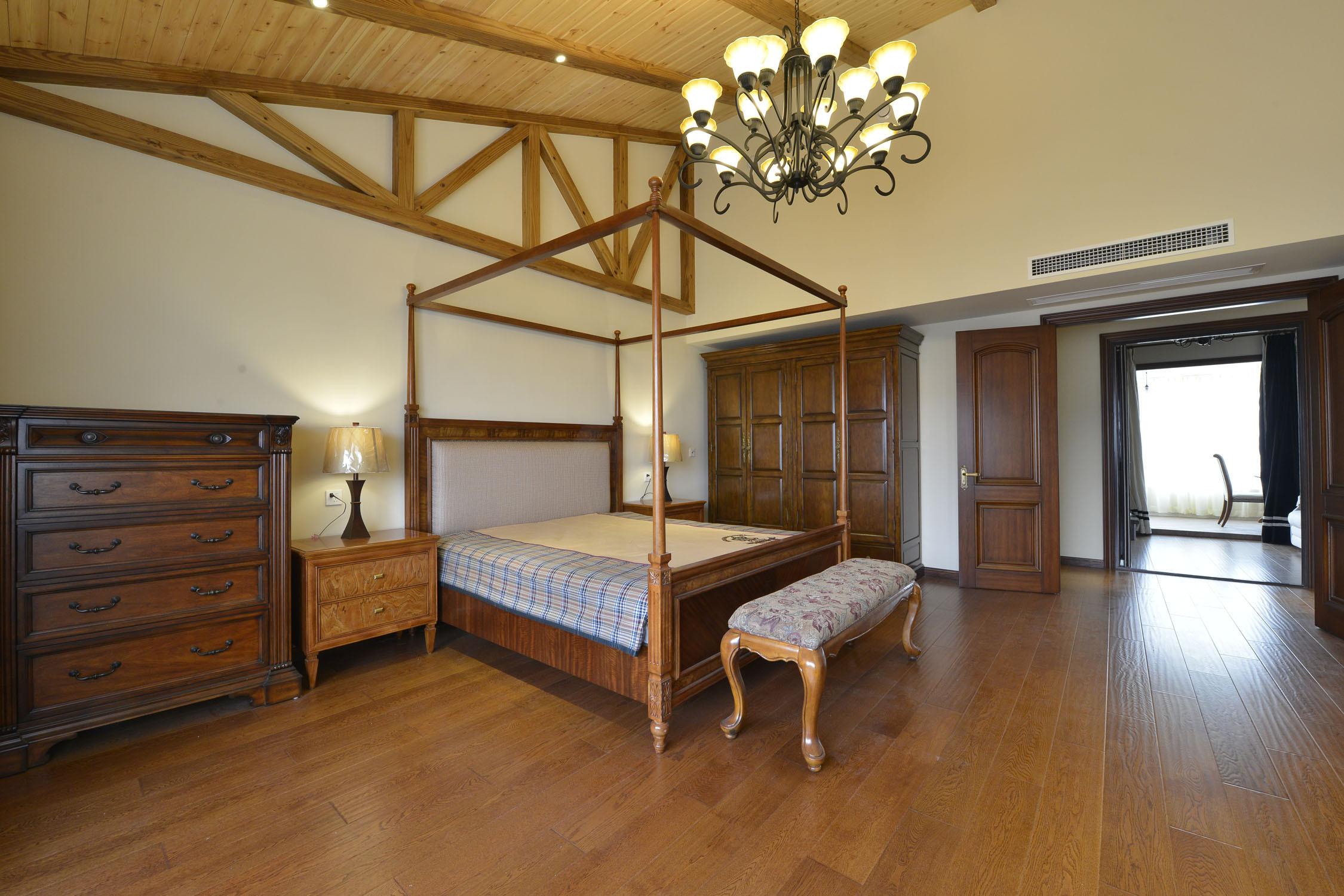 大户型美式风格家卧室设计
