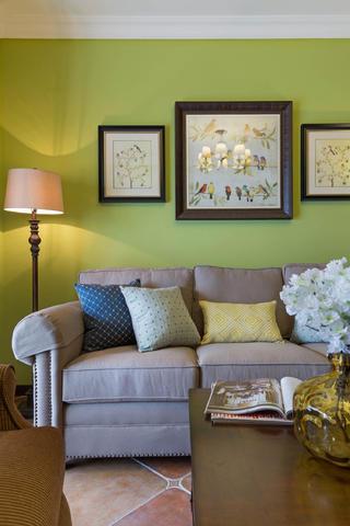 二居室美式装修沙发背景墙图片