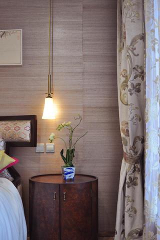 新中式样板间装修床头柜图片