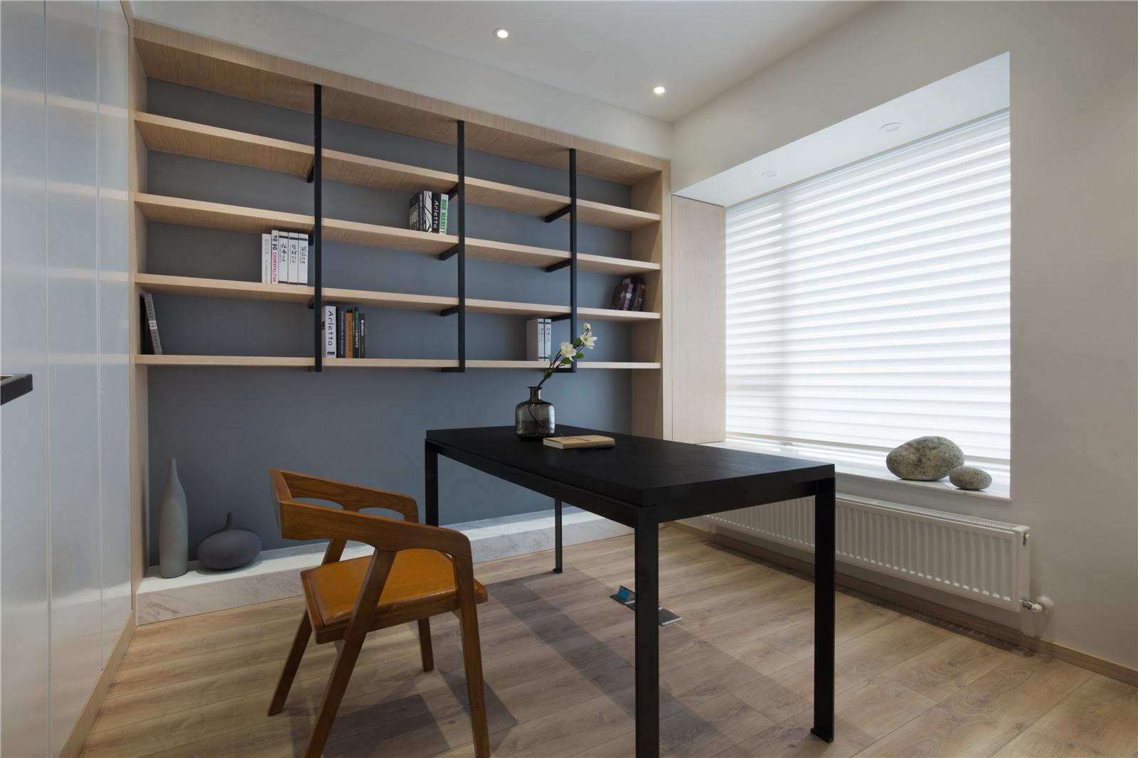 140平简约三居书房设计图