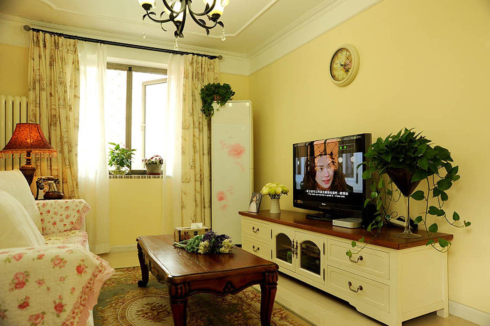 田园风格二居电视背景墙图片