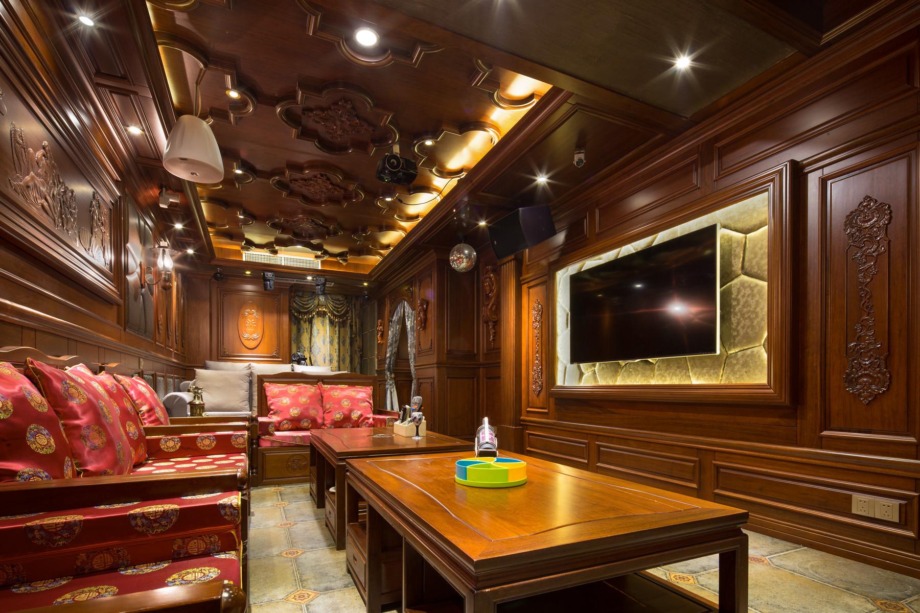 大户型中式风格装修客厅顶面造型设计