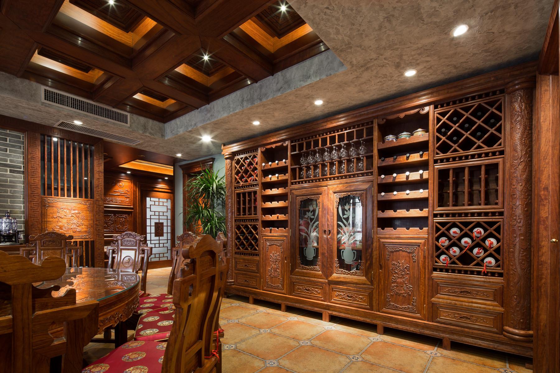 大户型中式风格装修酒柜设计