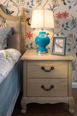 110平美式装修床头柜图片