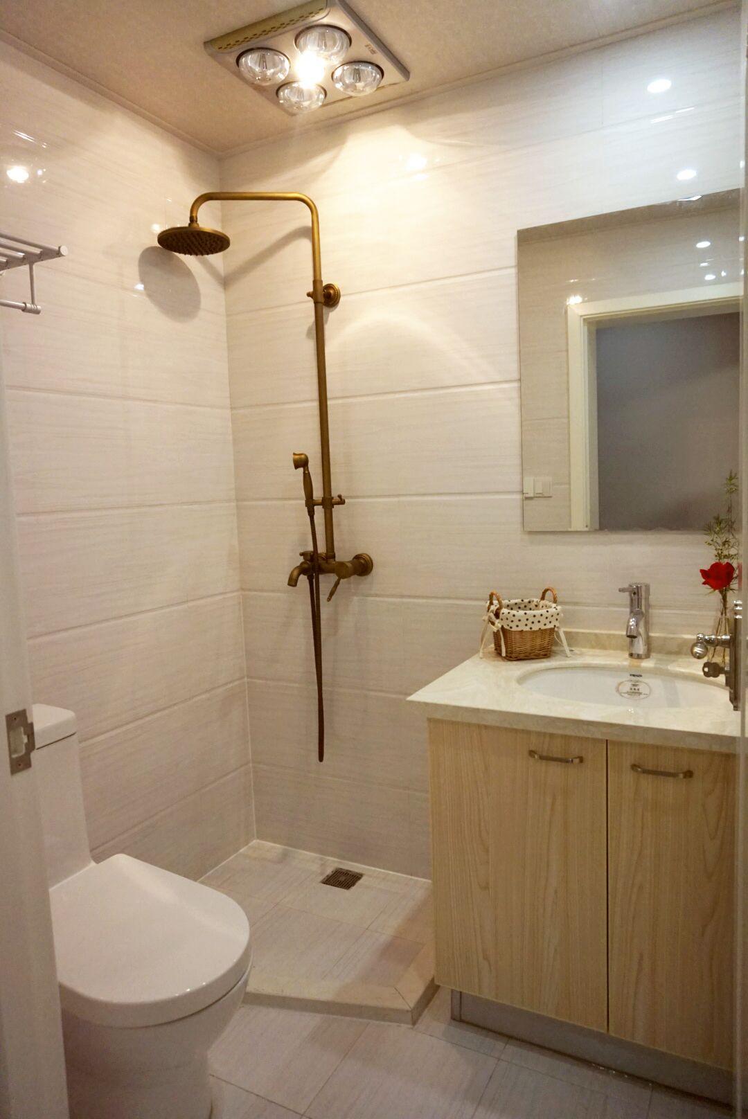 小户型一居室装修卫生间设计图