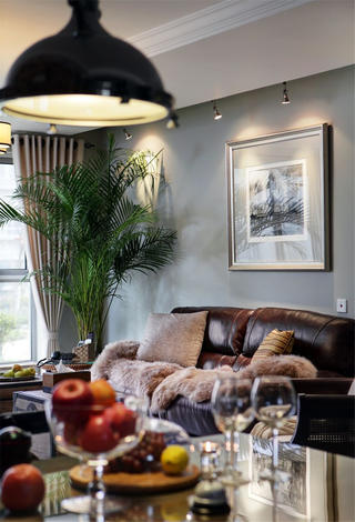 美式风格三居室装修客厅一角