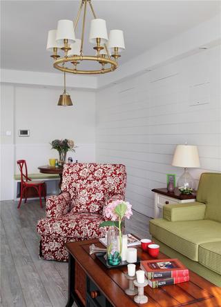90平美式二居装修吊灯图片