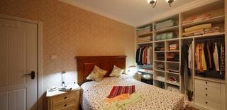 67平简约美式二居装修卧室布置图