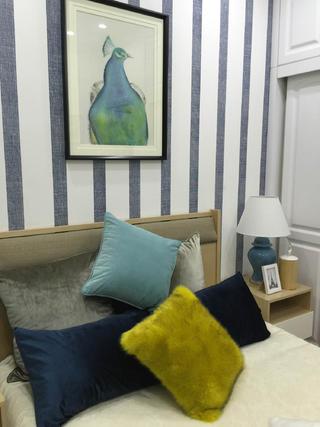 小户型北欧混搭床头背景墙图片