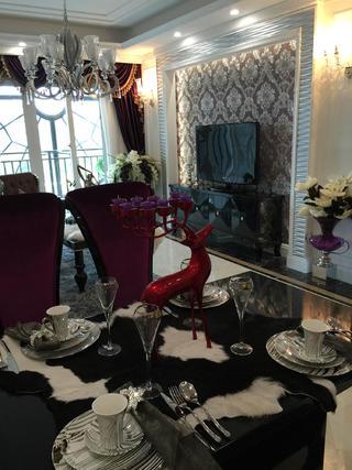 80平新古典样板房装修餐桌图片