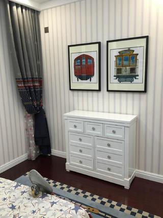 80平新古典样板房装修墙边柜图片