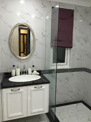 80平新古典样板房装修卫生间设计图