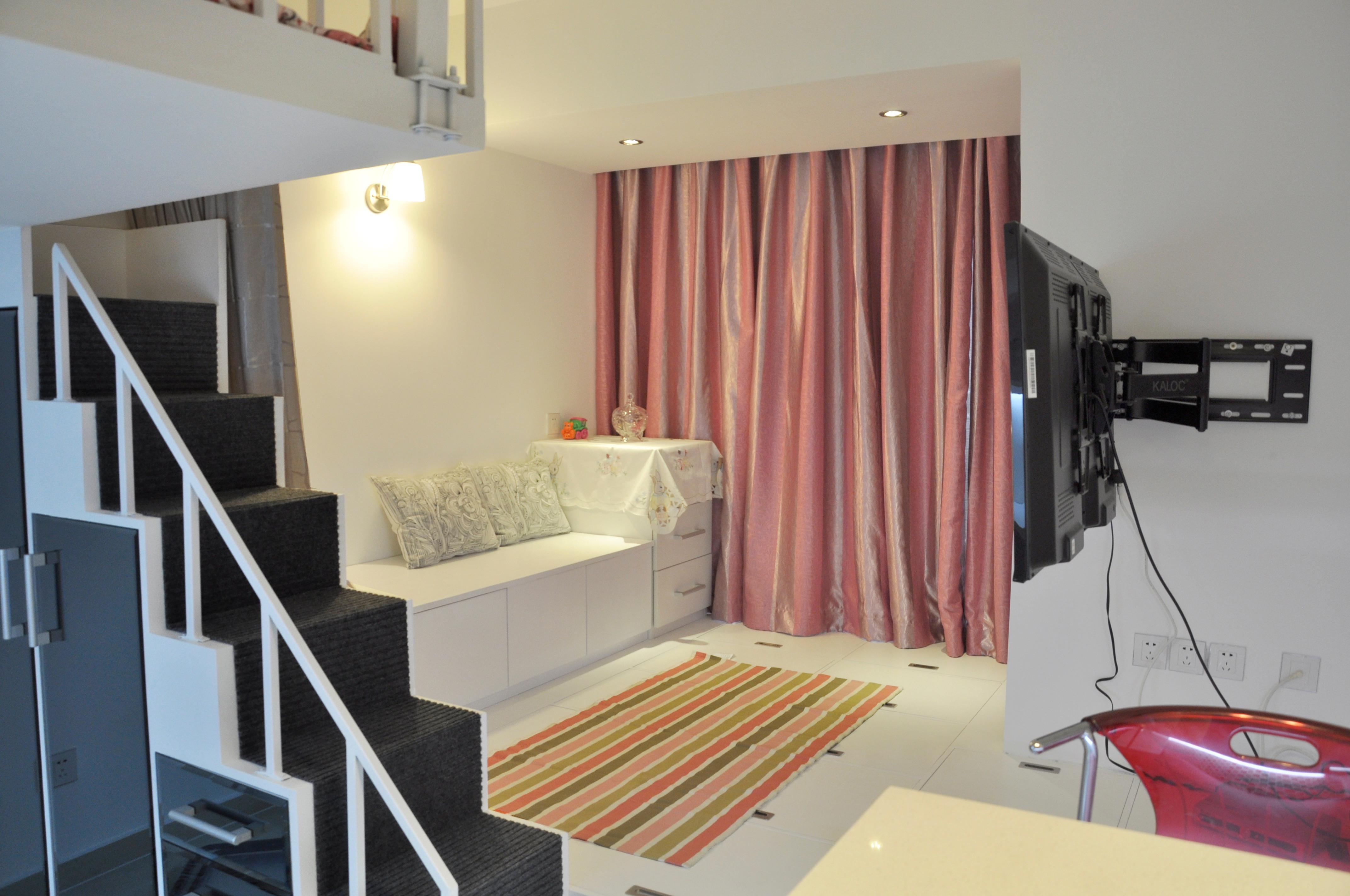 30平小公寓设计客厅布置图