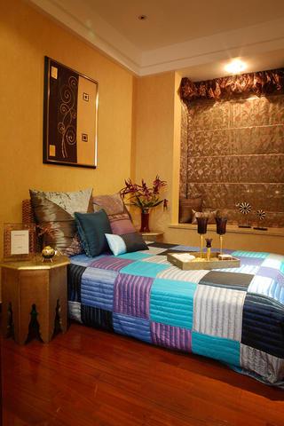 东南亚风格装修卧室搭配图
