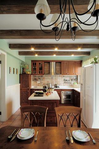 古典美式别墅修厨房设计图