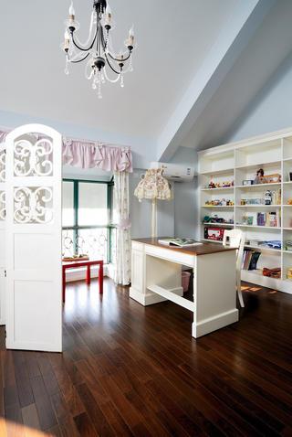 古典美式别墅书房布置图