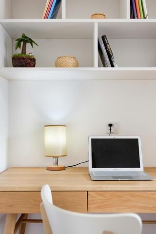 小户型北欧之家书桌图片