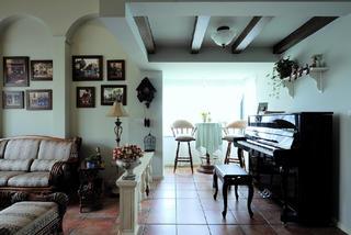 古典美式别墅钢琴区