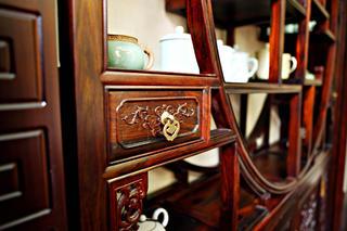 中式别墅装修展示柜细节图