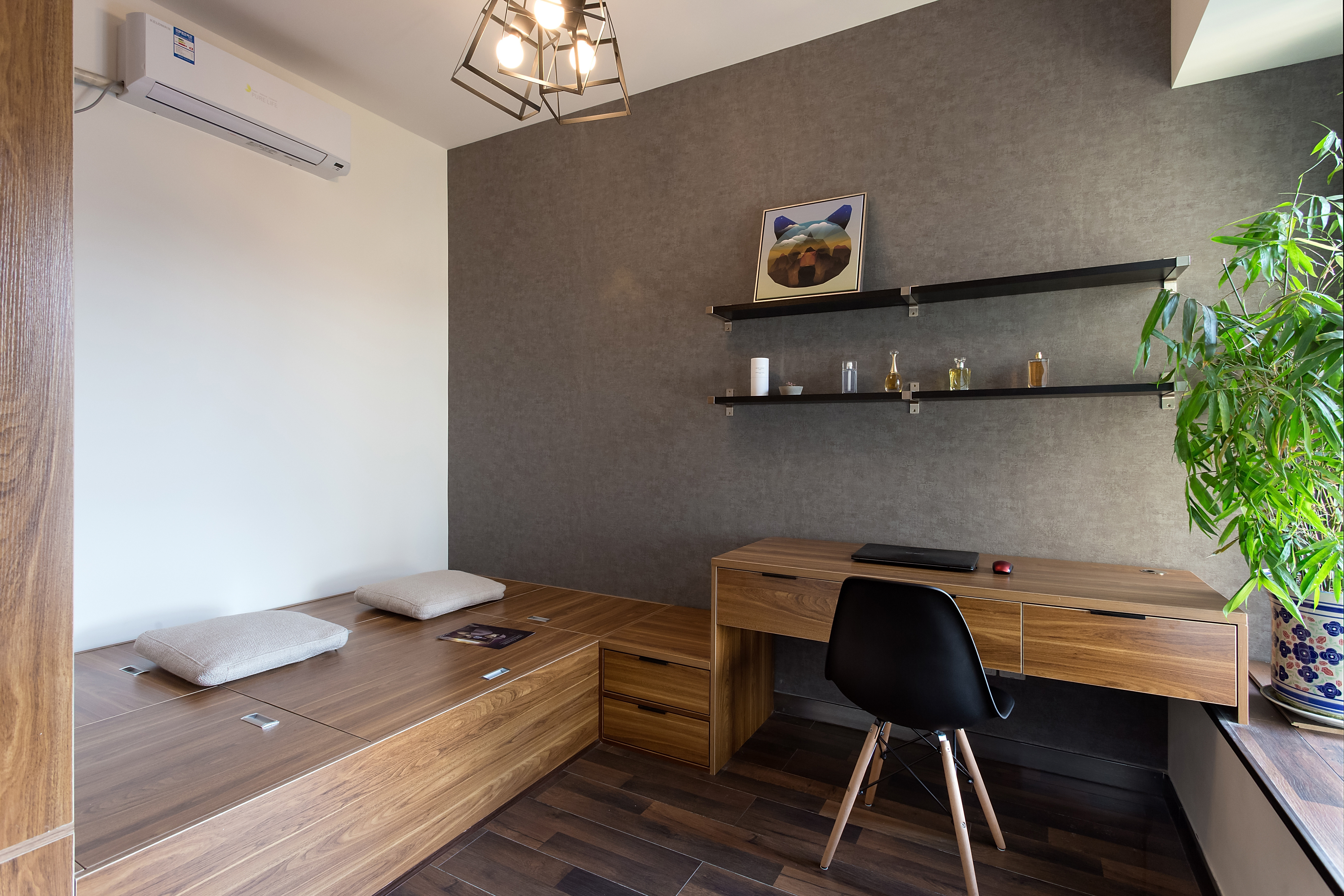 二居室简约风格榻榻米设计