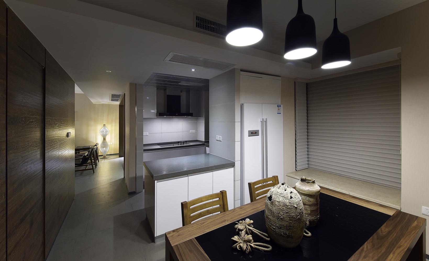 三居室中式风格家餐桌图片