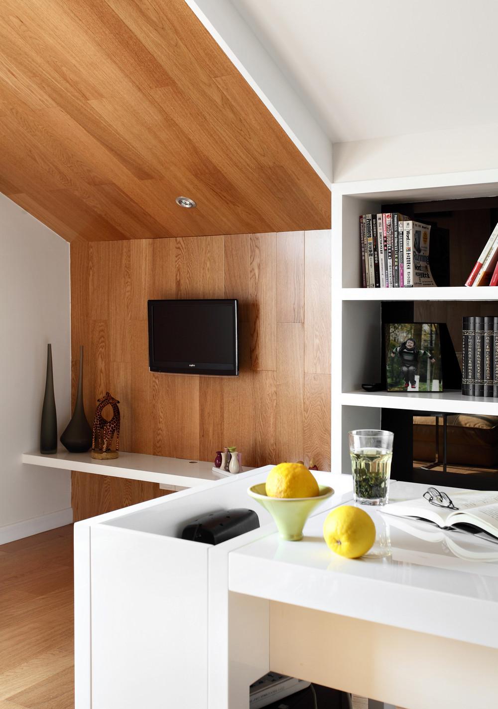 简约复式装修电视背景墙图片