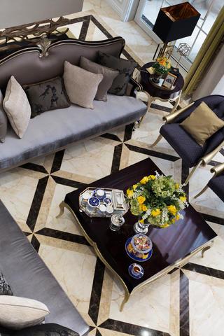 新古典复式装修沙发图片