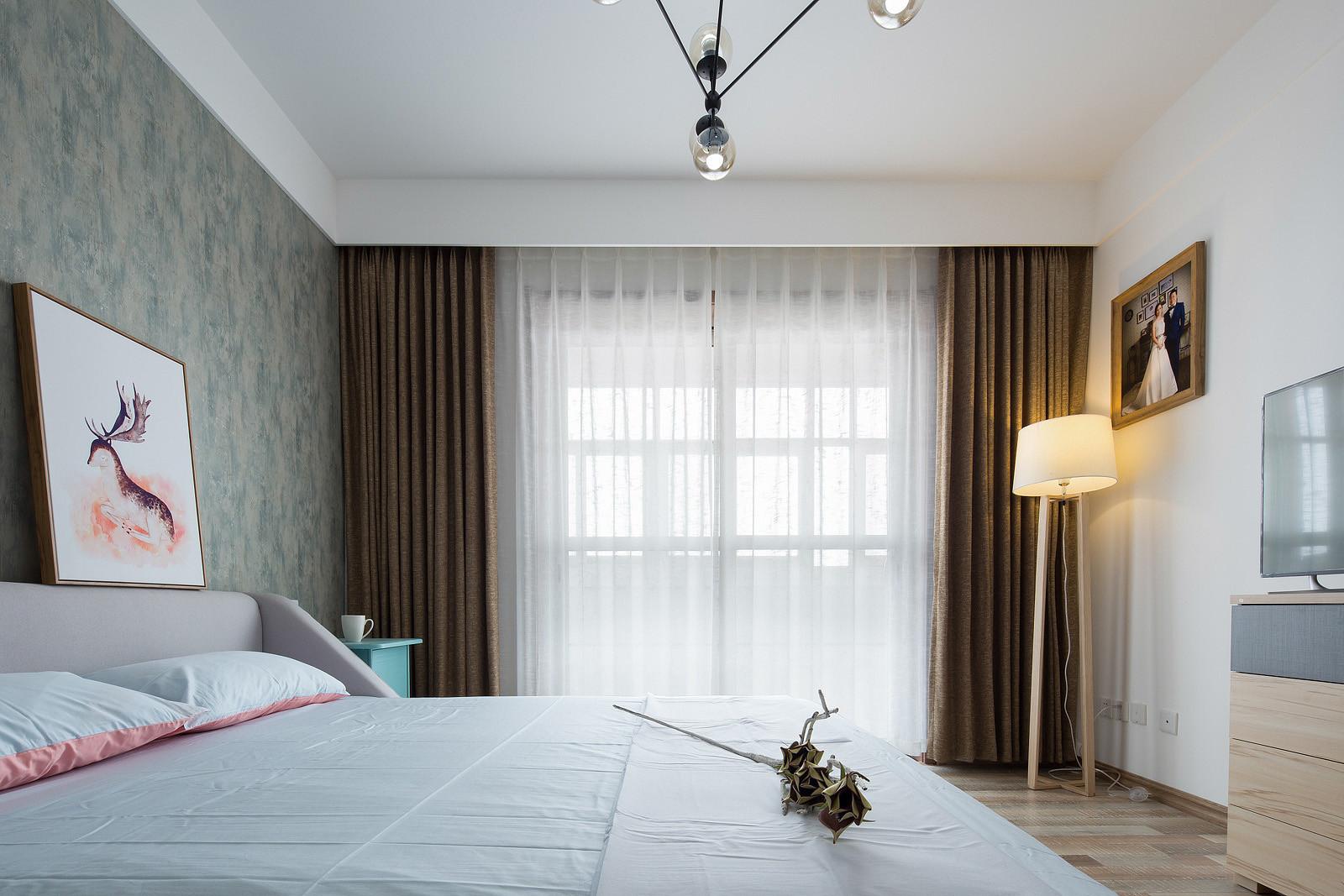 三居室北欧风格装修窗帘图片