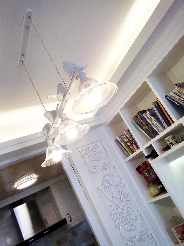 二居室混搭风格装修吊灯图片