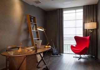 现代别墅装修书桌图片