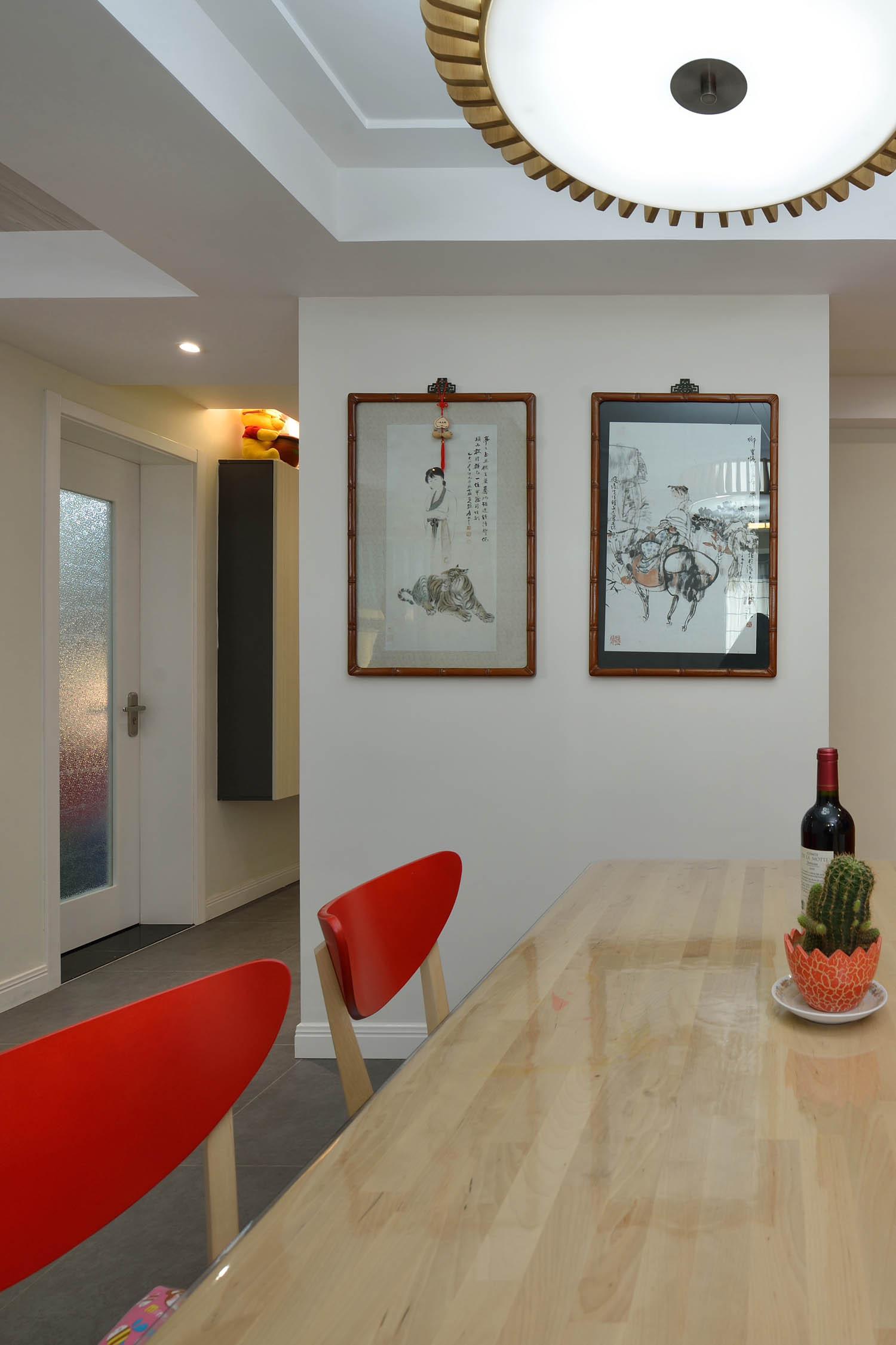三居室简约风格装修墙面装饰画图片