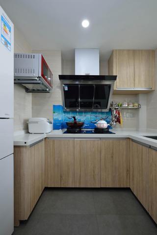 三居室简约风格装修厨房构造图
